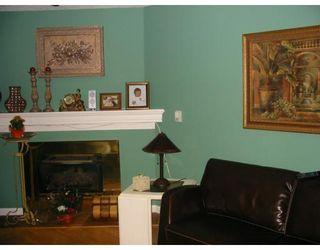 Photo 2: 4129 BRIDGEWATER CR in Burnaby: CA Cariboo Condo for sale (Burnaby North)  : MLS®# V591663