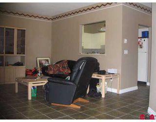"Photo 6: 105 14988 101A AV in Surrey: Guildford Condo for sale in ""CARTIER PLACE"" (North Surrey)  : MLS®# F2614594"