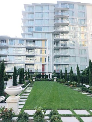 "Photo 1: 305 8688 HAZELBRIDGE Way in Richmond: West Cambie Condo for sale in ""SORRENTO"" : MLS®# R2389835"