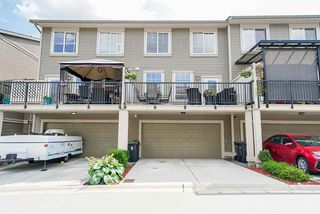 "Photo 19: 21125 80 Avenue in Langley: Willoughby Heights Condo for sale in ""Yorkson"" : MLS®# R2394330"