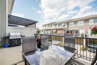"Photo 10: 21125 80 Avenue in Langley: Willoughby Heights Condo for sale in ""Yorkson"" : MLS®# R2394330"