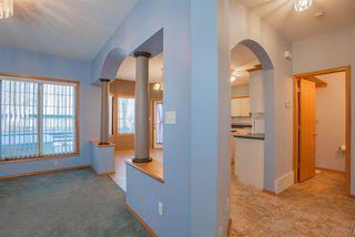 Photo 6: 582 Glenwright Crescent NW in Edmonton: Zone 58 House for sale : MLS®# E4180815