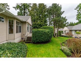 """Photo 16: 62 2533 152 Street in Surrey: Sunnyside Park Surrey Townhouse for sale in """"Bishops Green"""" (South Surrey White Rock)  : MLS®# R2442005"""
