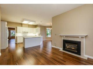 """Photo 6: 62 2533 152 Street in Surrey: Sunnyside Park Surrey Townhouse for sale in """"Bishops Green"""" (South Surrey White Rock)  : MLS®# R2442005"""