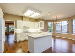 """Photo 7: 62 2533 152 Street in Surrey: Sunnyside Park Surrey Townhouse for sale in """"Bishops Green"""" (South Surrey White Rock)  : MLS®# R2442005"""