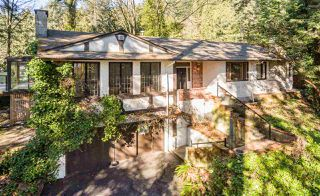 Photo 2: 3837 BAYRIDGE Avenue in West Vancouver: Bayridge House for sale : MLS®# R2450379
