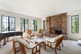 Photo 1: 3837 BAYRIDGE Avenue in West Vancouver: Bayridge House for sale : MLS®# R2450379