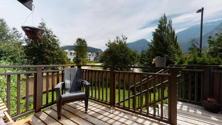 "Photo 9: 1282 STONEMOUNT Place in Squamish: Downtown SQ Townhouse for sale in ""Streams at Eaglewind"" : MLS®# R2481347"