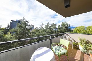 "Photo 23: 800 1685 W 14TH Avenue in Vancouver: Fairview VW Condo for sale in ""TOWN VILLA"" (Vancouver West)  : MLS®# R2488518"