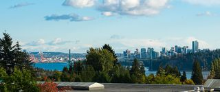 Main Photo: 1825 MATHERS Avenue in West Vancouver: Ambleside House for sale : MLS®# R2502636