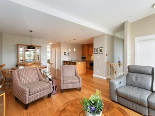Photo 7: 202 9820 Seaport Pl in : Si Sidney North-East Row/Townhouse for sale (Sidney)  : MLS®# 857213