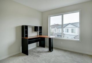 Photo 19: 44 Copperpond Landing SE in Calgary: Copperfield Row/Townhouse for sale : MLS®# A1048100