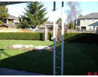 Photo 3: 8494 121A Street in Surrey: Queen Mary Park Surrey House for sale : MLS®# F2702190