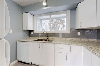 Photo 2: 3534 42 Street in Edmonton: Zone 29 Townhouse for sale : MLS®# E4182362