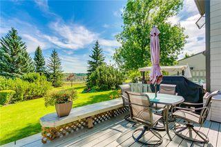 Main Photo: 17 185 WOODRIDGE Drive SW in Calgary: Woodlands Row/Townhouse for sale : MLS®# C4295020
