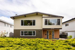 Main Photo: 2522 E 10 Avenue in Vancouver: Renfrew Heights House for sale (Vancouver East)  : MLS®# R2483248