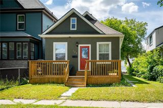 Photo 1: 174 Polson Avenue in Winnipeg: Scotia Heights Residential for sale (4D)  : MLS®# 202018539