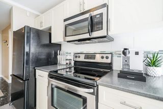 """Photo 4: 102 98 TENTH Street in New Westminster: Downtown NW Condo for sale in """"Plaza Pointe"""" : MLS®# R2496098"""