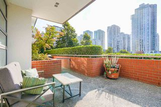 """Photo 18: 102 98 TENTH Street in New Westminster: Downtown NW Condo for sale in """"Plaza Pointe"""" : MLS®# R2496098"""