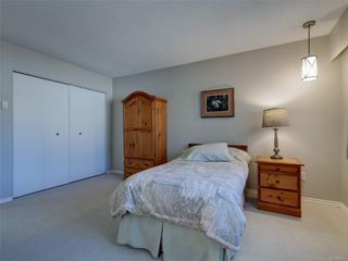 Photo 15: 3240 Cora Hill Pl in : Co Wishart South House for sale (Colwood)  : MLS®# 857079