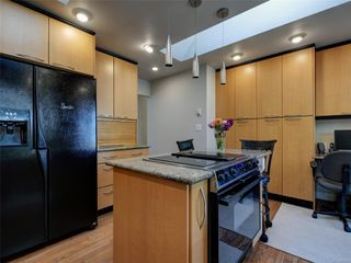 Photo 12: 3240 Cora Hill Pl in : Co Wishart South House for sale (Colwood)  : MLS®# 857079