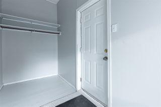 Photo 2: 11504 93 Street in Edmonton: Zone 05 House for sale : MLS®# E4219177