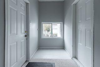 Photo 3: 11504 93 Street in Edmonton: Zone 05 House for sale : MLS®# E4219177