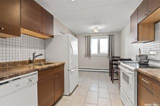 Photo 2: 1 131 Angus Road in Regina: Coronation Park Residential for sale : MLS®# SK834213