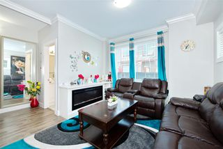 Photo 4: 9 6388 140 Street in Surrey: Sullivan Station Townhouse for sale : MLS®# R2392927