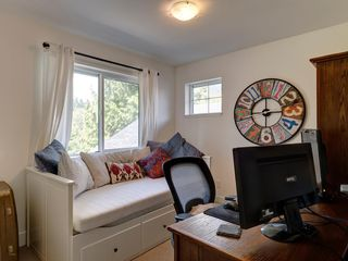 Photo 14: 787 GERUSSI Lane in Gibsons: Gibsons & Area House 1/2 Duplex for sale (Sunshine Coast)  : MLS®# R2398368