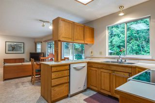 "Photo 6: 4722 UNDERWOOD Avenue in North Vancouver: Lynn Valley House for sale in ""Timber Ridge"" : MLS®# R2401489"