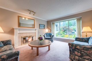 "Photo 3: 4722 UNDERWOOD Avenue in North Vancouver: Lynn Valley House for sale in ""Timber Ridge"" : MLS®# R2401489"