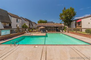 Photo 2: MISSION VALLEY Condo for sale : 2 bedrooms : 8085 Caminito De Pizza #E in San Diego