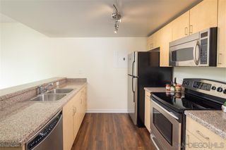 Photo 2: DOWNTOWN Condo for sale : 2 bedrooms : 425 W Beech St #902 in San Diego