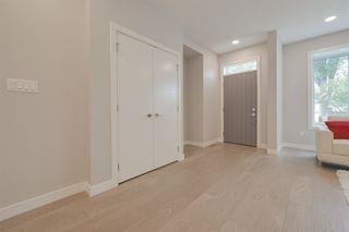 Photo 3: 9929 147 Street in Edmonton: Zone 10 House for sale : MLS®# E4189869