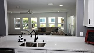 Photo 5: CARLSBAD WEST Mobile Home for sale : 2 bedrooms : 7009 San Bartolo St #34 in Carlsbad