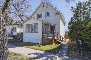 Photo 1: 704 Leola Street in Winnipeg: East Transcona Residential for sale (3M)  : MLS®# 202009723