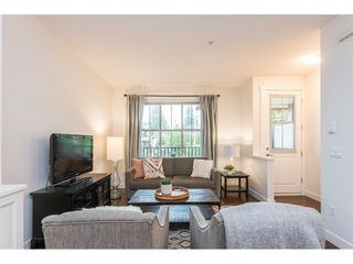 """Photo 10: 2 9525 204 Street in Langley: Walnut Grove Townhouse for sale in """"TIME"""" : MLS®# R2457485"""