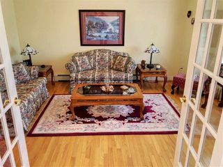 Photo 3: 324 Musgrave Lane in North Sydney: 205-North Sydney Residential for sale (Cape Breton)  : MLS®# 202009763