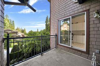 "Photo 5: 302 1144 STRATHAVEN Drive in North Vancouver: Northlands Condo for sale in ""Strathaven"" : MLS®# R2464031"