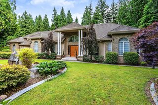 Photo 1: 13862 56A Avenue in Surrey: Panorama Ridge House for sale : MLS®# R2472852