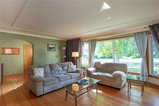 Photo 4: 855 Kildonan Drive in Winnipeg: Fraser's Grove Residential for sale (3C)  : MLS®# 202018504