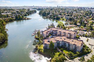 Photo 1: 314 1083 Tillicum Rd in : Es Kinsmen Park Condo Apartment for sale (Esquimalt)  : MLS®# 853553