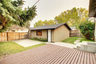 Photo 34: 844 LAKE LUCERNE Drive SE in Calgary: Lake Bonavista Detached for sale : MLS®# A1034964