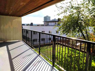 "Photo 1: 405 715 ROYAL Avenue in New Westminster: Uptown NW Condo for sale in ""Vista Royale"" : MLS®# R2511816"