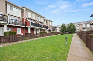 """Photo 21: 13 19505 68A Avenue in Surrey: Clayton Townhouse for sale in """"CLAYTON RISE"""" (Cloverdale)  : MLS®# R2524738"""