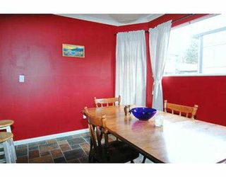"""Photo 3: 8 1195 FALCON DR in Coquitlam: Eagle Ridge CQ Townhouse for sale in """"THE COURTYARDS"""" : MLS®# V563650"""