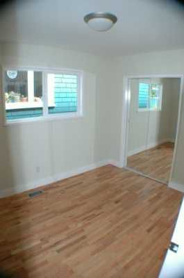 Photo 5: 2023 CHARLES ST in Vancouver: Grandview VE House for sale (Vancouver East)  : MLS®# V602773