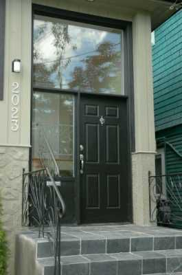 Photo 2: 2023 CHARLES ST in Vancouver: Grandview VE House for sale (Vancouver East)  : MLS®# V602773