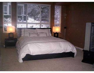 "Photo 3: 3033 TERRAVISTA Place in Port Moody: Port Moody Centre Condo for sale in ""GLENMORE"" : MLS®# V622870"